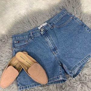Tommy Hilfiger 'almost vintage' Boyfriend Shorts